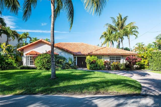 560 Hampton Ln, Key Biscayne, FL 33149 (MLS #A10804912) :: Grove Properties