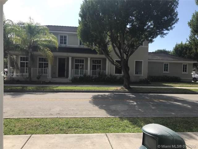 27422 SW 139th Pl, Homestead, FL 33032 (MLS #A10805040) :: Green Realty Properties