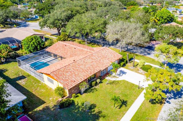 491 NW 45th Ter, Plantation, FL 33317 (MLS #A10805285) :: Patty Accorto Team