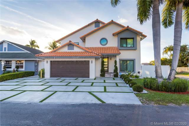 19010 NW 78th Pl, Hialeah, FL 33015 (MLS #A10805578) :: Albert Garcia Team