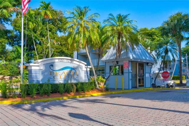9351 Fontainebleau Blvd B409, Miami, FL 33172 (MLS #A10805579) :: Lucido Global