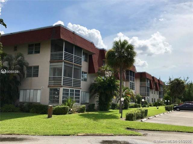 3061 NW 47th Ter 328B, Lauderdale Lakes, FL 33313 (MLS #A10805685) :: Green Realty Properties