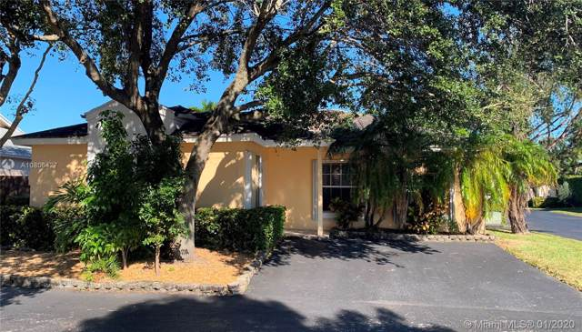 5534 NW 101st Ct, Doral, FL 33178 (MLS #A10806427) :: Lucido Global