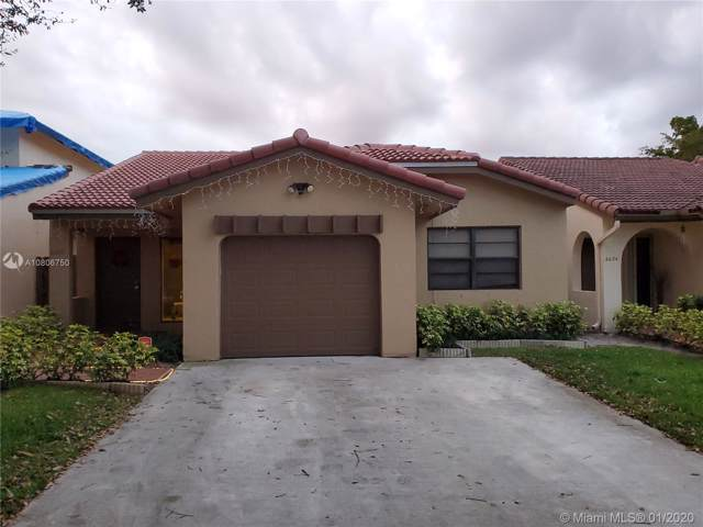 6650 NW 174th Ln #6650, Hialeah, FL 33015 (MLS #A10806750) :: Albert Garcia Team