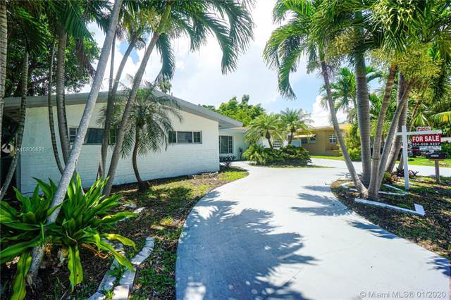 20120 NE 26th Ave, Miami, FL 33180 (MLS #A10806891) :: The Teri Arbogast Team at Keller Williams Partners SW