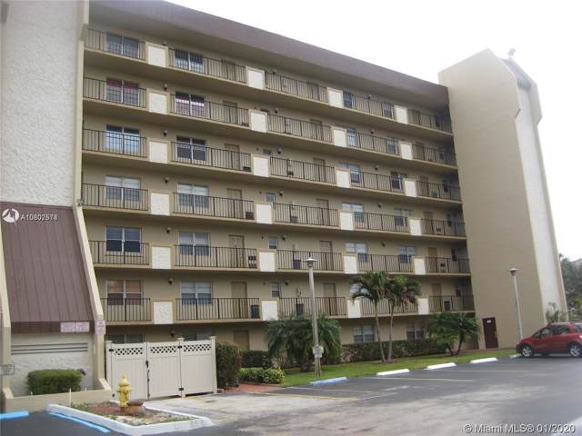 3150 W Rolling Hills Cir #206, Davie, FL 33328 (MLS #A10807578) :: Castelli Real Estate Services