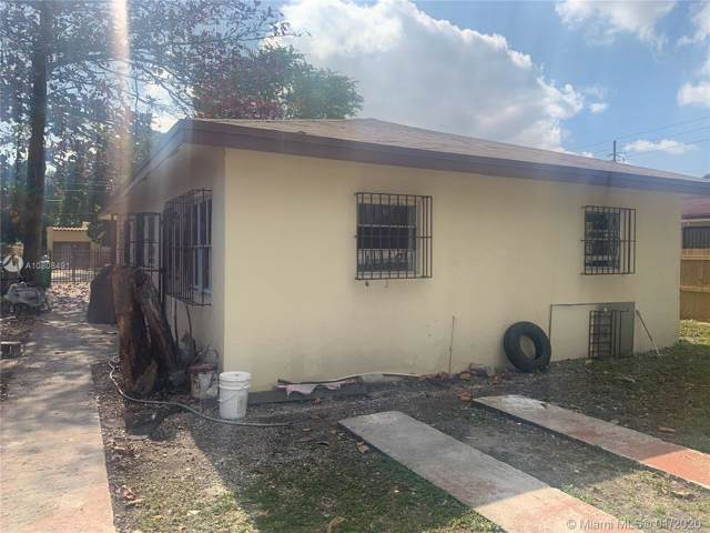 1277 NW 28th St, Miami, FL 33142 (MLS #A10808491) :: Kurz Enterprise