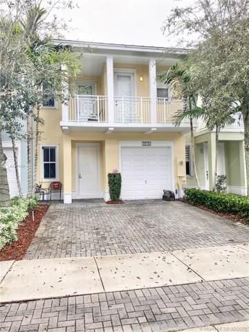 10776 NW 74th Ln #10776, Doral, FL 33178 (MLS #A10808634) :: Berkshire Hathaway HomeServices EWM Realty