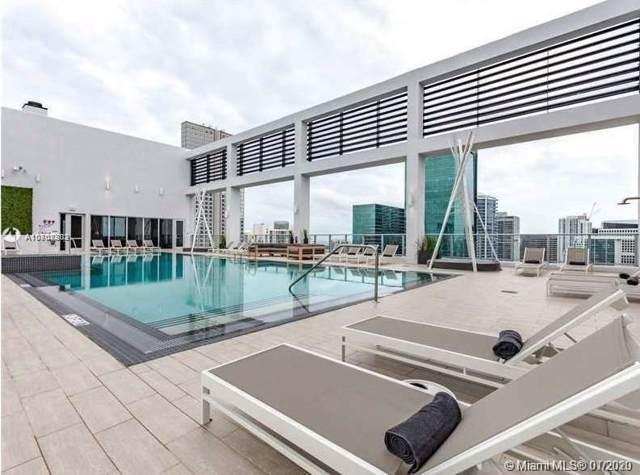 151 SE 1st St #3305, Miami, FL 33131 (MLS #A10808802) :: Berkshire Hathaway HomeServices EWM Realty