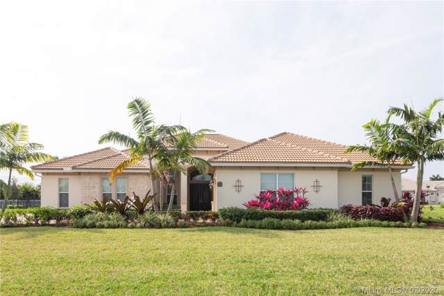 5442 S Sterling Ranch Cir, Davie, FL 33314 (MLS #A10810237) :: United Realty Group