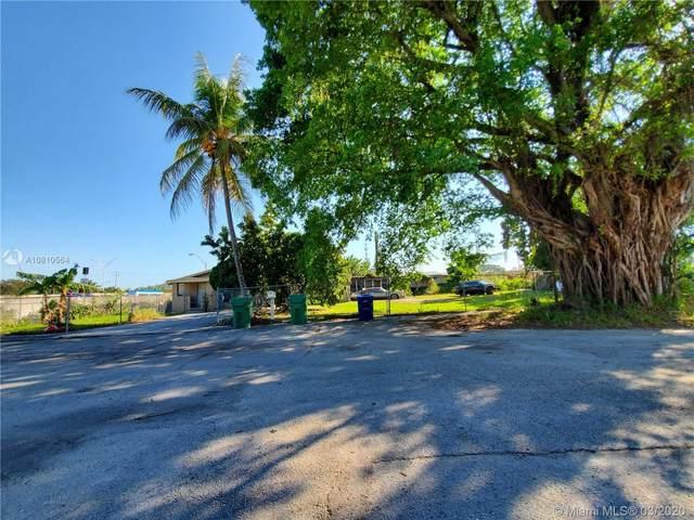 688 NW 101st St, Miami, FL 33150 (MLS #A10810564) :: Prestige Realty Group