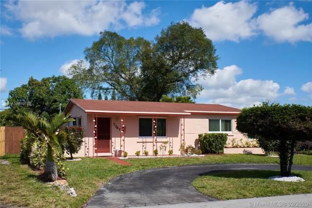 7767 Meridian St, Miramar, FL 33023 (MLS #A10810705) :: Green Realty Properties