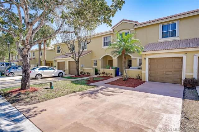 16874 SW 1st Pl, Pembroke Pines, FL 33027 (MLS #A10811291) :: United Realty Group