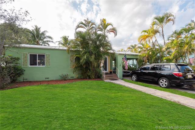 1006 N 17th Ave, Hollywood, FL 33020 (MLS #A10811416) :: Prestige Realty Group