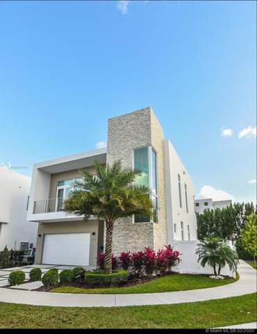 10592 NW 67th Terrace, Doral, FL 33178 (MLS #A10811761) :: Berkshire Hathaway HomeServices EWM Realty