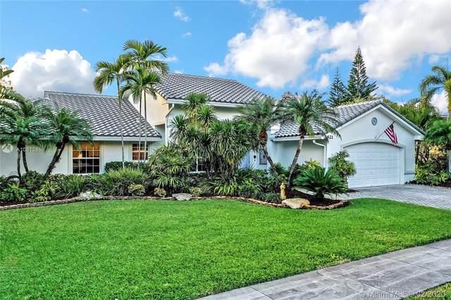 1621 SW 105th Ln, Davie, FL 33324 (MLS #A10812858) :: Grove Properties