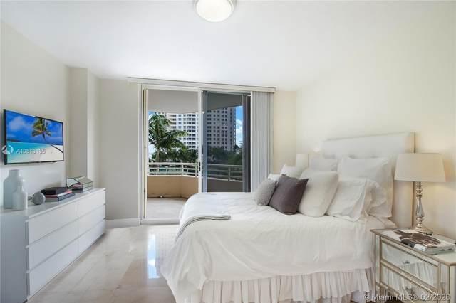 888 Brickell Key Dr #709, Miami, FL 33131 (MLS #A10813135) :: Berkshire Hathaway HomeServices EWM Realty