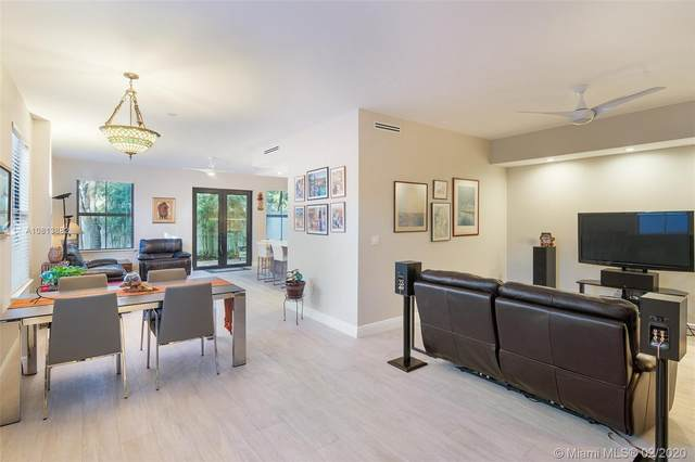 3069 Indiana St #18, Coconut Grove, FL 33133 (MLS #A10813882) :: Ray De Leon with One Sotheby's International Realty