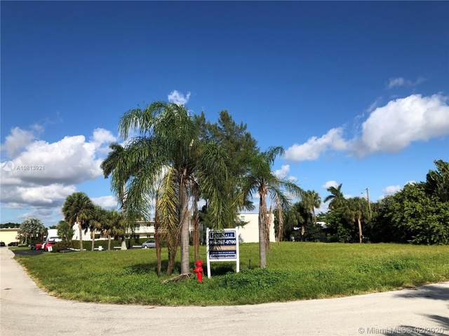 3213 SE 7th St, Pompano Beach, FL 33062 (MLS #A10813921) :: Berkshire Hathaway HomeServices EWM Realty