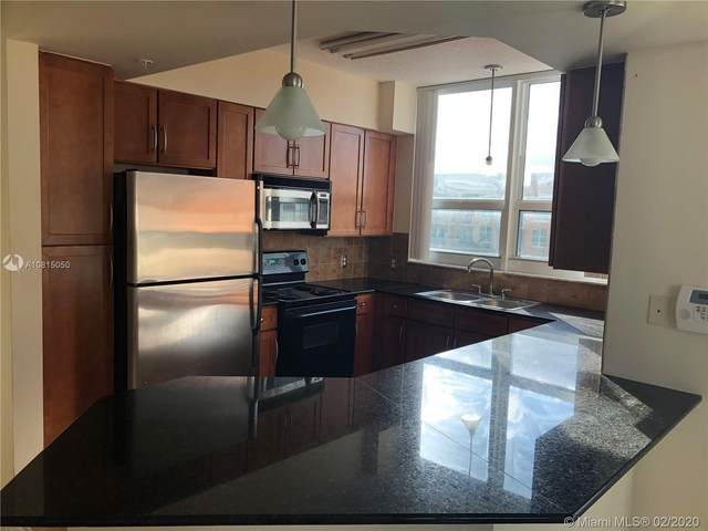 2000 N Bayshore Dr #701, Miami, FL 33137 (MLS #A10815050) :: Grove Properties