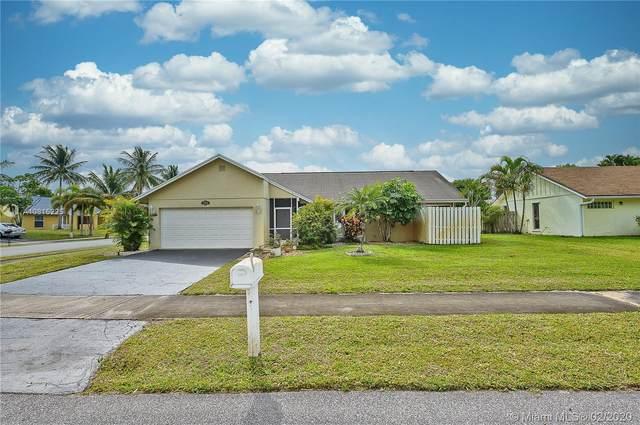 3700 NW 9th St, Delray Beach, FL 33445 (MLS #A10815225) :: Berkshire Hathaway HomeServices EWM Realty