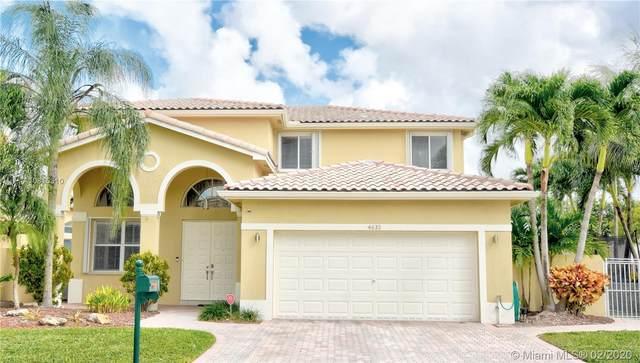 4633 NW 94th Pl, Doral, FL 33178 (MLS #A10815310) :: Berkshire Hathaway HomeServices EWM Realty