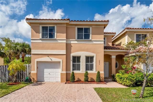 3856 SW 170th Ave, Miramar, FL 33027 (MLS #A10815404) :: Berkshire Hathaway HomeServices EWM Realty