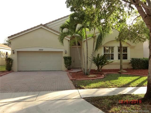 15852 SW 51st St, Miramar, FL 33027 (MLS #A10816165) :: Berkshire Hathaway HomeServices EWM Realty