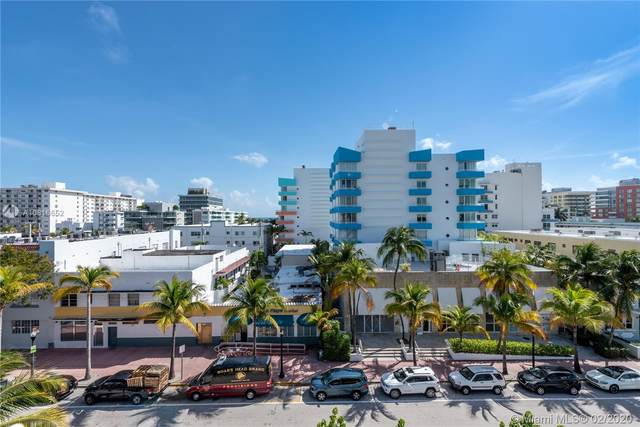 240 Collins Ave 6B, Miami Beach, FL 33139 (MLS #A10816652) :: The Paiz Group