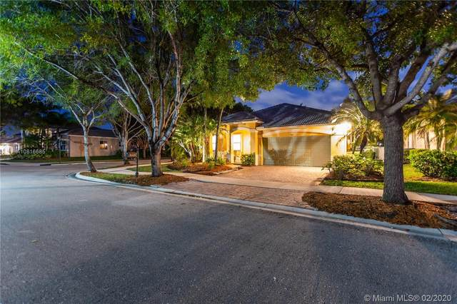 912 Nandina Dr, Weston, FL 33327 (MLS #A10816685) :: Berkshire Hathaway HomeServices EWM Realty