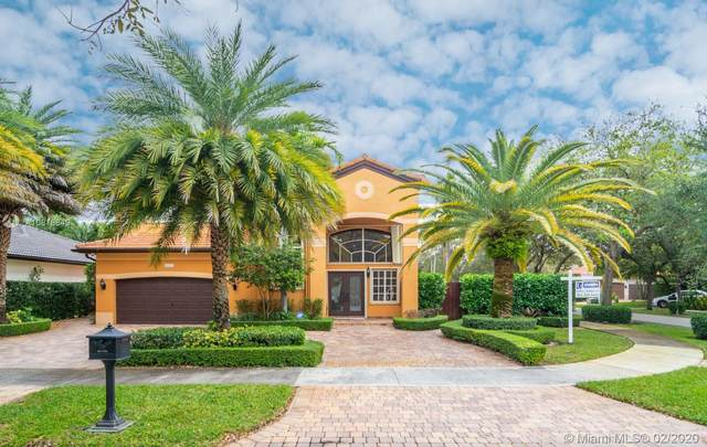 16721 NW 78th Ct, Miami Lakes, FL 33016 (MLS #A10816849) :: Albert Garcia Team
