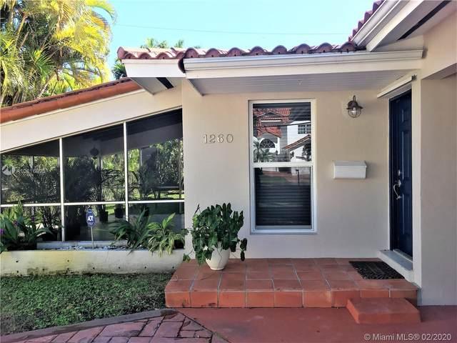 1260 Venetia Ave, Coral Gables, FL 33134 (MLS #A10816995) :: Green Realty Properties