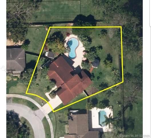 11625 SW 108 TERRACE, Miami, FL 33176 (MLS #A10817082) :: Prestige Realty Group