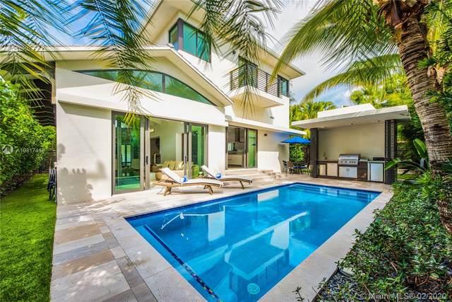 4401 N Bay Rd, Miami Beach, FL 33140 (MLS #A10817416) :: Castelli Real Estate Services