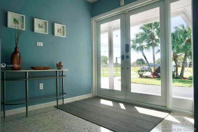 10005 SW 200th St, Cutler Bay, FL 33157 (MLS #A10817526) :: Berkshire Hathaway HomeServices EWM Realty