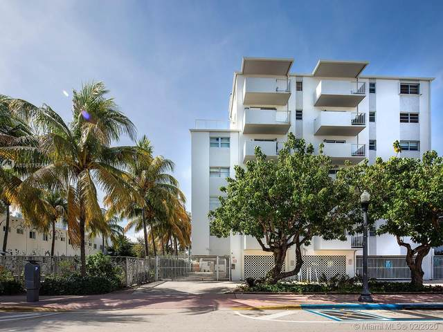 240 Collins Ave 2E, Miami Beach, FL 33139 (MLS #A10817555) :: The Jack Coden Group