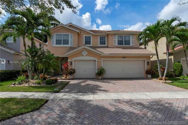 3995 Cascade Ter, Weston, FL 33332 (MLS #A10817606) :: Berkshire Hathaway HomeServices EWM Realty