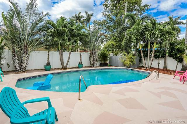 1106 N 13th Ave, Hollywood, FL 33019 (MLS #A10817645) :: The Teri Arbogast Team at Keller Williams Partners SW