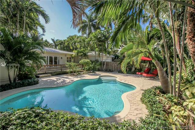 1239 Jackson St, Hollywood, FL 33019 (MLS #A10817654) :: The Teri Arbogast Team at Keller Williams Partners SW