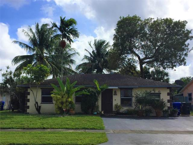 8220 SW 7th Ct, North Lauderdale, FL 33068 (MLS #A10817658) :: Green Realty Properties