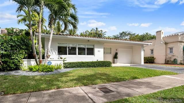 921 Ortega Ave, Coral Gables, FL 33134 (MLS #A10817979) :: Kurz Enterprise