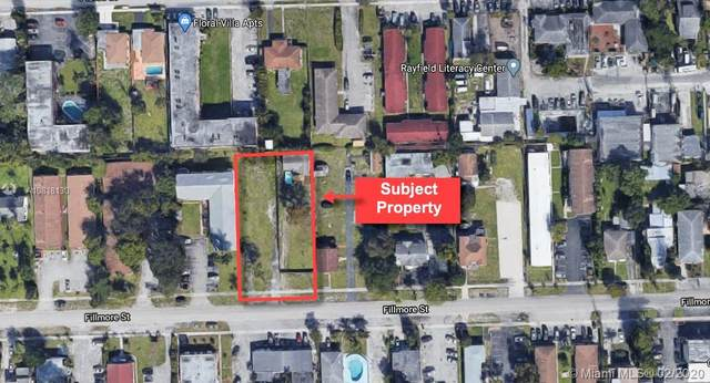 2233 Fillmore St, Hollywood, FL 33020 (MLS #A10818130) :: Lucido Global