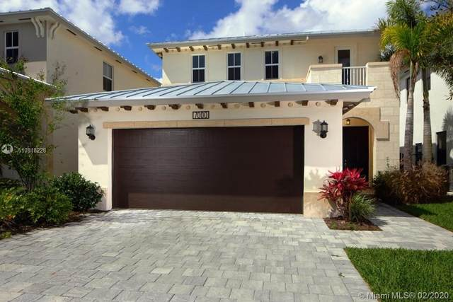 7000 NW 104th Ct, Doral, FL 33178 (MLS #A10818228) :: Green Realty Properties