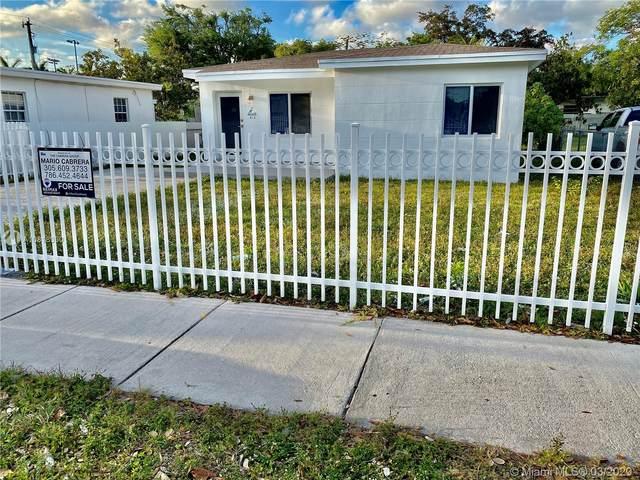 815 NE 133rd St, North Miami, FL 33161 (MLS #A10818330) :: Grove Properties