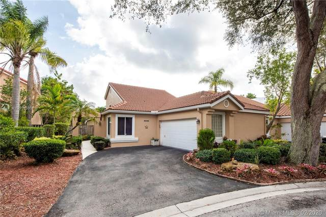 10000 NW 5th St, Plantation, FL 33324 (MLS #A10818590) :: Grove Properties