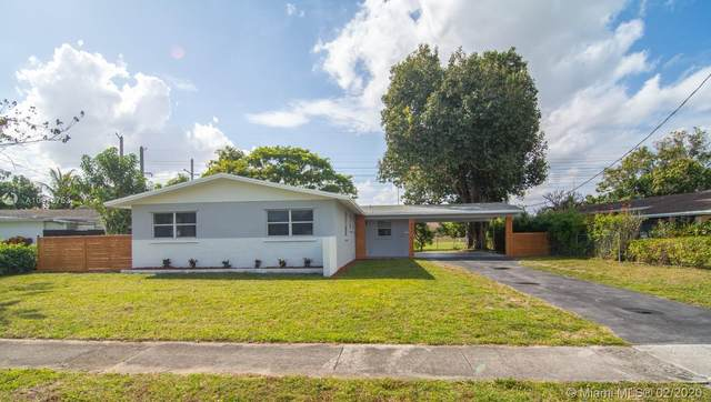 231 NW 49th Ave, Plantation, FL 33317 (MLS #A10818753) :: The Teri Arbogast Team at Keller Williams Partners SW