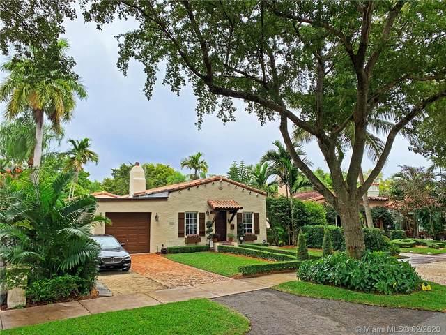 537 San Lorenzo Ave, Coral Gables, FL 33146 (MLS #A10818834) :: Prestige Realty Group