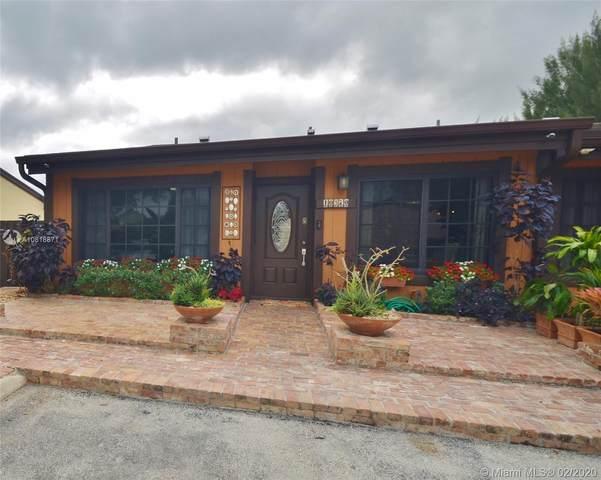 10370 W Cypress Ct #10370, Pembroke Pines, FL 33026 (MLS #A10818871) :: The Paiz Group