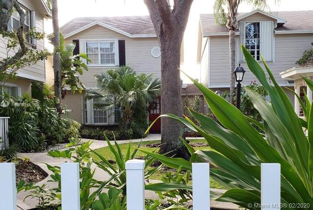 14614 SW 122nd Pl, Miami, FL 33186 (MLS #A10818912) :: The Paiz Group
