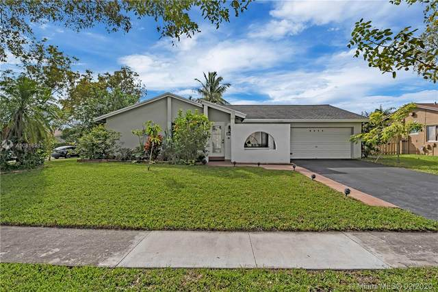 9800 NW 32nd Mnr, Sunrise, FL 33351 (MLS #A10818981) :: The Riley Smith Group